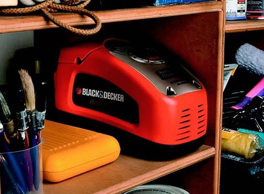 Inflador de neumáticos Black+Decker